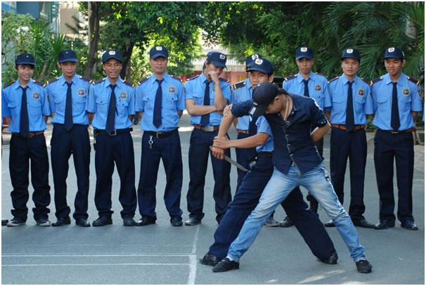 Hình ảnh huấn luyện bảo vệ tại Hoàng Mai - HN