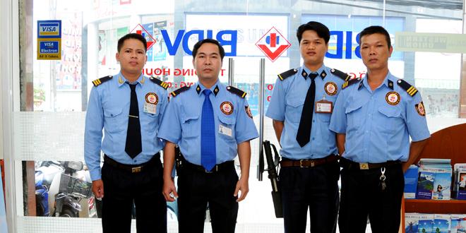 Đội trưởng bảo vệ đi làm ngay lương cao