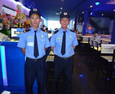 Cần tuyển gấp 10 Bảo vệ quán Bar – Karaoke lương 6Tr/tháng
